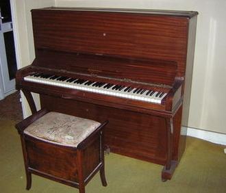 Se vende el piano de Freddie Mercury