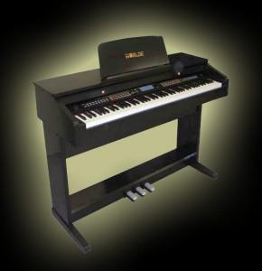 Tocando acordes en el piano