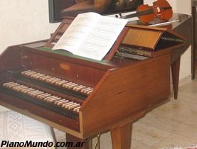 clavicordio de doble teclado